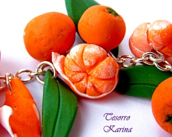 bracelet on a chain with mandarins, bracelet with mandarin bands from polymer clay, bracelet fruity, bracelet on hand, gift