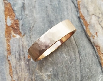 5mm Hammered Gold Wedding Band - Rustic Gold Ring in Solid 14k Yellow or Rose Gold - Flat Rectangular Band - Matte or Polished Finish
