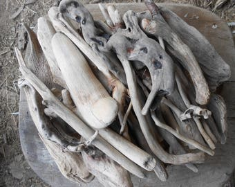 Natural Sun-bleached DRIFTWOOD pieces,500g, perfect for decorations, craft projects,  floral arrangements...etc