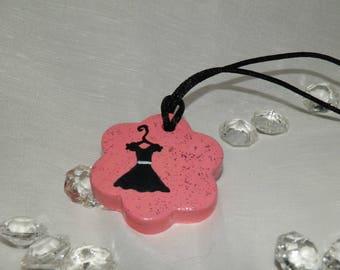 """Pretty flower pendant, """"little black dress"""" pattern"""