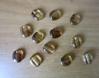 Set of 12 resin beads