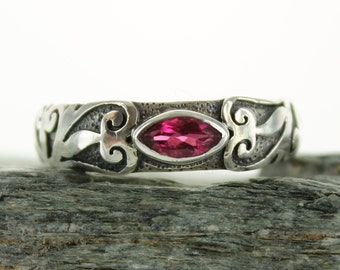 Pink Tourmaline silver ring. Size 7.75. Natural stone. Gemstone ring. Tourmaline gemstone ring.Rubellite Tourmaline ring.Tourmaline jewel