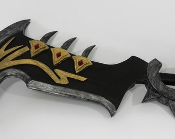 League of Legends Draven axes cosplay prop