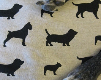 "Dog Crate Mat, Pad, Cushion, Small 18""x24"", Black & Oatmeal Dog Print with Fleece Back"