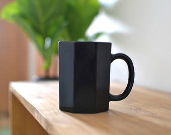 Black Polygon Mug