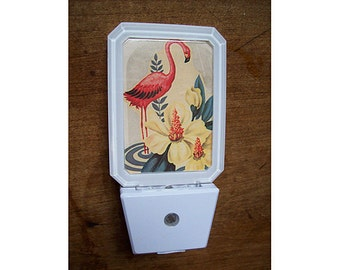 pink flamingo night light retro 1950's vintage Florida kitsch rockabilly decor lamp
