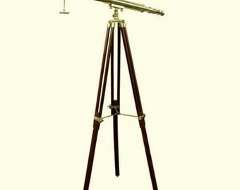 Large telescopic brass with wooden stand 160 cm*