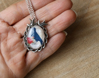 Raven Necklace, Raven and Rose Pendant, Gothic Necklace, Bird Pendant, Crow Necklace, Raven Cameo