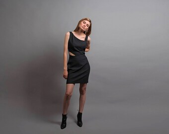 90s Black Cut Out Dress / 90s Asymmetrical Shoulder Dress / Vintage 90s Dress / Black Body Con Dress / Mini Dress Δ size: S