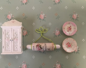 Shabby Chic dollhouse kitchen decor set-free shipping to the US