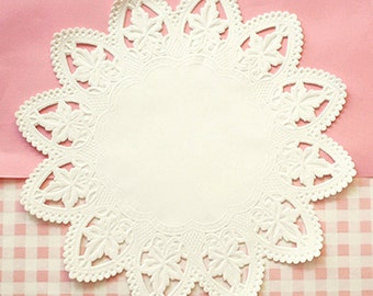50 Star Lace Paper Doilies (8in)