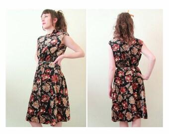 1960s velvet dress, French vintage sleeveless floral dress, Liberty flower print, plus size dress L XL 12 14 16, midi mid knee length