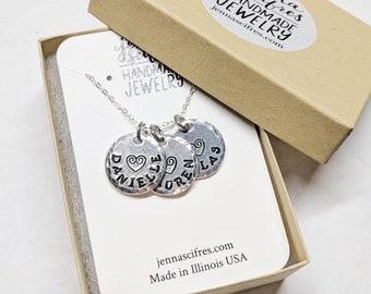 Personalized Grandma Gift, Grandma Necklace, Grandma Gift from Grandchild, Mothers Day Grandma, Personalized Necklace, Child Name Necklace