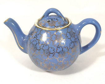 Periwinkle / blue/ cherry blossom/ 2 Cup/ HALL teapot/ gold/ floral teapot