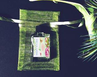 Natural Botanical Perfume oil, De la Lune, Vanilla, Ylang Ylang, Blond Woods, 5 ml, Gift for Her, Women's Fragrance, cruelty free, vegan