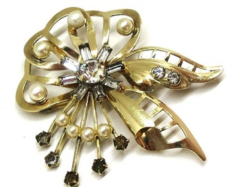 Pearl and Rhinestone Brooch - Vintage, Carl Art Signed, 12K Gold Filled, Faux Pearls, Rhinestones Pin, Pendant