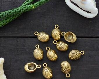 Antique Brass Snail Shell Charms, 10x16mm, 2pcs / Nunn Designs, Snail Shell Pendants, Nautical, Beach Charms, Sea Shell, Jewelry Supplies