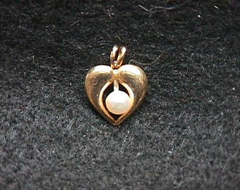 Vintage 14KT. Yellow Gold Heart & Pearl Pendant in Like New Condition and Ready to Wear