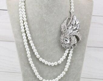 Brooch necklace,bridal broach necklace,rhinestone flower brooch pearl necklace,bridesmaid pearl necklace,vintage style wedding necklace