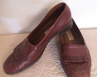 Vintage Ettienne Aigner Oxblood Oxford fringed Flats ~ Penny loafers Woman's 8