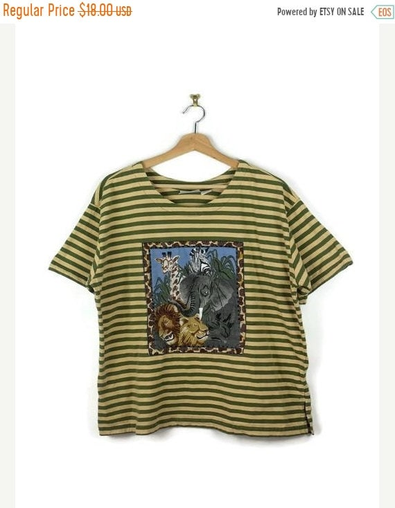 430472b3 ETSY. ON SALE VINTAGE OLIVE GREEN/BEIGE STRIPE ANIMAL PRINTED SHORT SLEEVE  T-SHIRT FROM 80'S