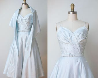 1950s dress / 50s Pale Blue Polished Cotton Sundress & Shawl