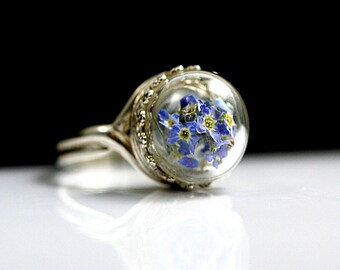 Sterling real forget me nots ring. Dried forget me nots in glass cabochon. Sterling silver. Adjustable. Promise ring. Mothers day. Gift.