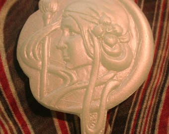 ART DECO  Broch or Pendant.  Delightful pearlesent silver. Hand made in Poly resin