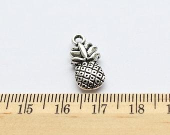 5 Pineapple Charms - EF00170
