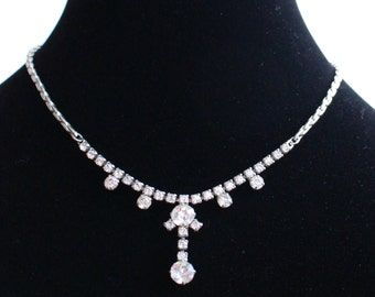 SO # 1029 Vintage Silver Tone Rhinestone Necklace with Several Large Round Crystals