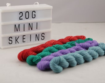 Mini skein contrast superwash merino and nylon 20g