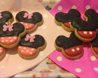 16  Mini Mickey and Minnie Mouse Iced Cookies.