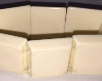 SALE Vintage Lucite Expandable Cuff Bracelet Retro Off White Cuff Bracelet