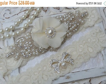 ON SALE Wedding Garter, Bridal Garter Set, Crystal Rhinestone Wedding Garter, Lace Garter, Keepsake Garter, Toss Garter, Ivory Lace  Garter