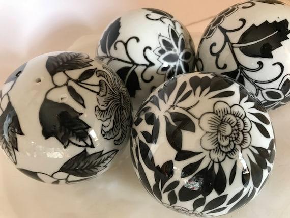 Black And White Decorative Ceramic Balls Entrancing Vintage 3 Black & White Porcelain Ceramic Orbs Decorative Decorating Design