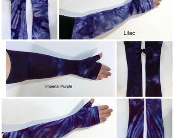 Purple tie dye fingerless gloves, gauntlets, arm warmers.