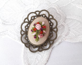 Embroidery jewelry Brooch pink bouquet Mother's Day gift for mom Flower to sisters Women holiday jewelry Embroidery ribbon godmother's gift