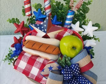 Patriotic  Centerpiece -Patiotic arrangement - Patriotic table decoration