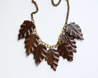 1930s art deco wood leaf necklace / 30s vintage carved wood leaves charm necklace / antique brass wooden necklace / large statement leaves