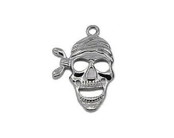 28 x 18mm Black Pirate Skull Metal Charm - 3 charms