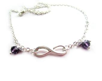 Collier Infini mi-long chaîne maille 46 cm couleur argent perles cristal de swarovski violet, breloque connecteur infini