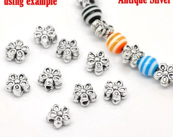 50 Antique Silver Flower Spacer Beads 7mm (B2L)