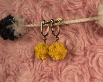 Small Yellow Flower Screw Back Earrings Vintage Plastic Tiny 1960s Clip On