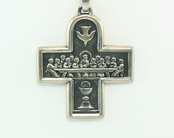 Cross Pendant, Cross Pendant in Vintage, Cross Pendant in Silver, Cross Pendant in Antique, Cross Pendant in Handmade, Handmaid Jewelry