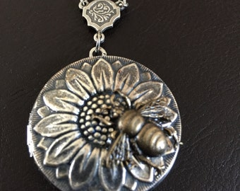 Bumble bee locket necklace, bee gift, bee jewelry, sunflower necklace, country gift