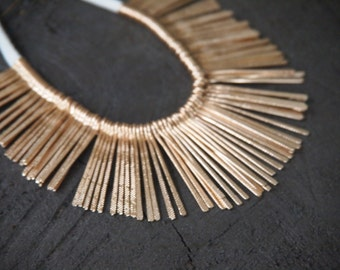 Golden Metal Boho Fringe Necklace // Spike // Sunburst // Needles Necklace // Cleopatra
