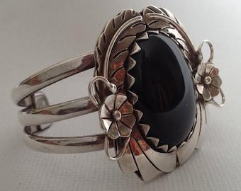 Vintage Sterling Silver .925  Mexico Black Onyx Cuff Bracelet