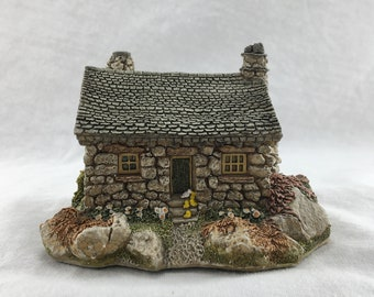 The Ugly House, Lilliput Lane, Made in UK