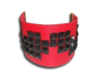 ROCK black gold red leather cuff
