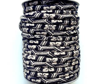 cords Japanese Chirimen, black and beige (C3414-3) 3mm